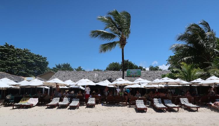Restaurante Lucia do Espelho, na Praia dos Coqueiros