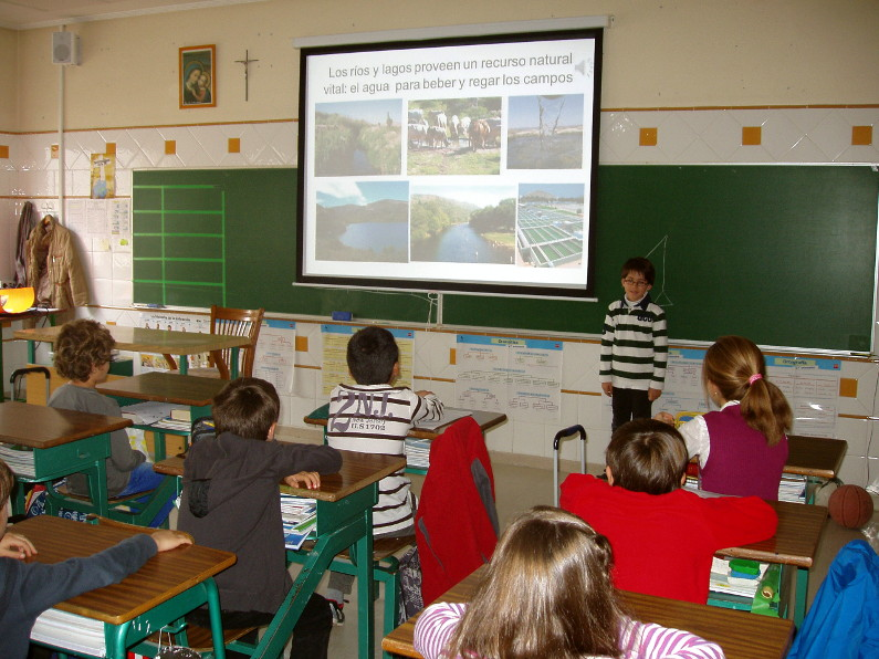 clase de primaria Colegio del Buen Consejo