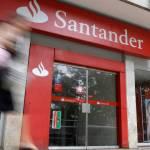 El Banco Santander hace un simulacro de corralito con sus clientes de Cádiz, a los que ha vaciado las cuentas