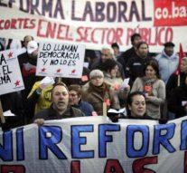 Hacienda mejora un 7,95% los salarios de funcionarios en tres años