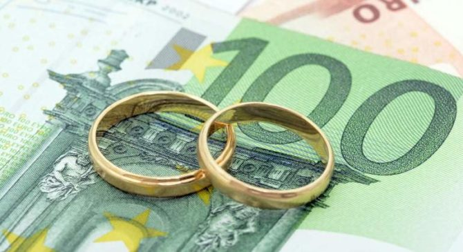 Padres divorciados de familia numerosa pueden alternar la declaración conjunta de IRPF