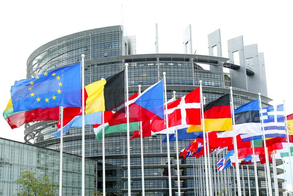 Unión Europea crea normativa para prohibir empastes de mercurio en 2030