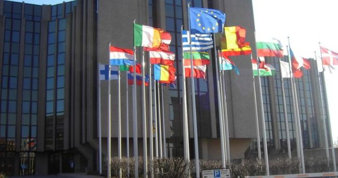 Europa reconoce el despido improcedente a interinos