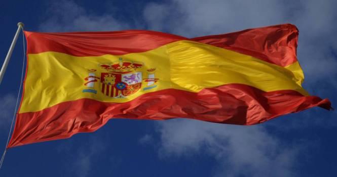 Libertad de expresión no excusa ultrajes a la bandera española