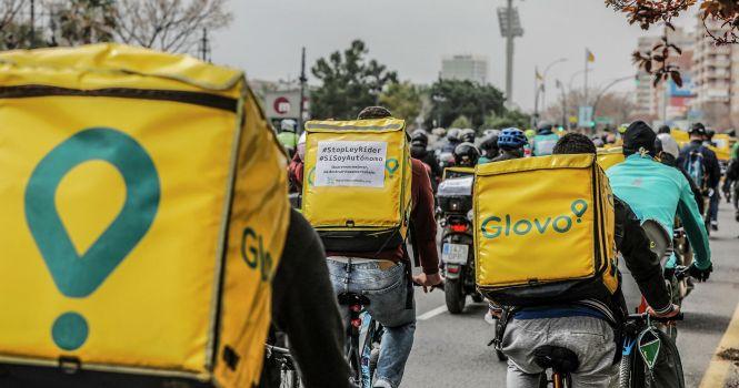En vigor la ley que obliga a contratar a los 'riders'