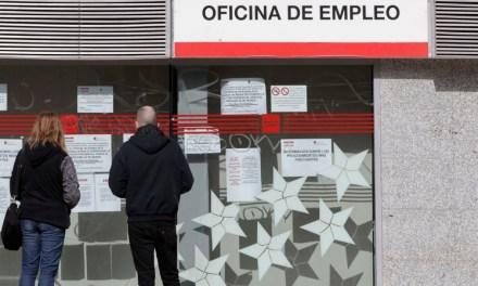 El Gobierno prohíbe por ley los despidos por fuerza mayor y otras causas