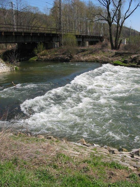 Jez Moravičany - řeka Morava