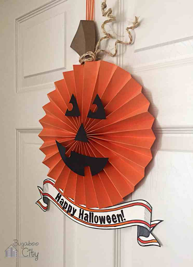Halloween Paper Pumpkin Wreath 3