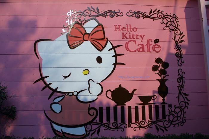 hello-kitty-02