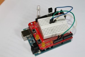 Infrared tester using Arduino and TSOP 4838 | BuildCircuit COM