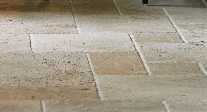 travertine tile colors finishes