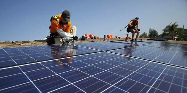 memasang listrik tenaga surya sendiri