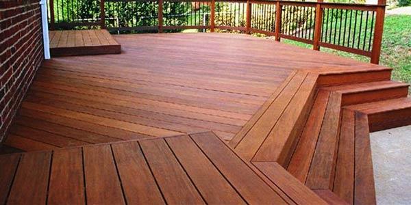 decking wpc vs decking kayu
