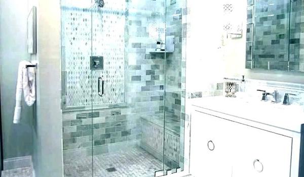 ruang-kamar-mandi-berdiri-simpel