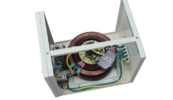 stabilizer listrik motor servo