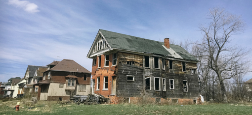 Deteriorating house in Detroit