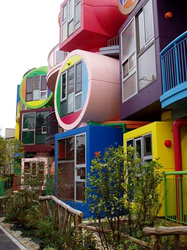 Reversible Apartments image via Ana M. Manzo