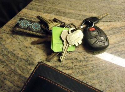keychain with broken key