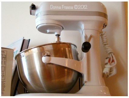 White Mixer Donna Frasca