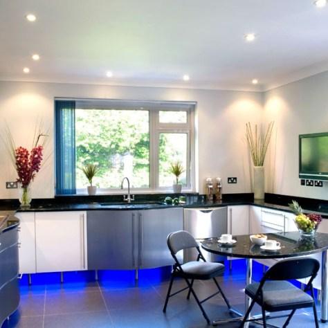 Kitchen Spot Lights & Cabinet Uplighting via Ben Inder    source unknown