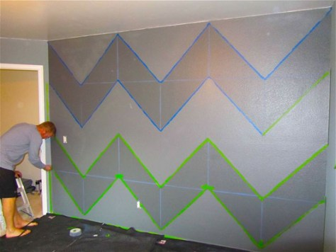 DIY Summer Decorating Ideas :: Taping off a Chevron patttern :: image via Fresh Home