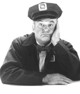 Gordon Jump as the Maytag Repairman