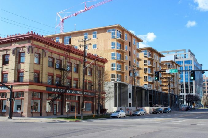 The Liberty Crest Apartments as seen from the intersection of 200 South and 200 East. Photo by Isaac Riddle.