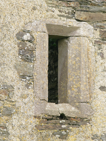 Mountlong Castle, County Cork 04 - Gun Loop