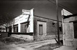 Sweetwater, Texas ©Becky Ramotowski