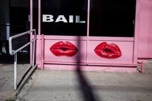 Bail ©Mark Caceres