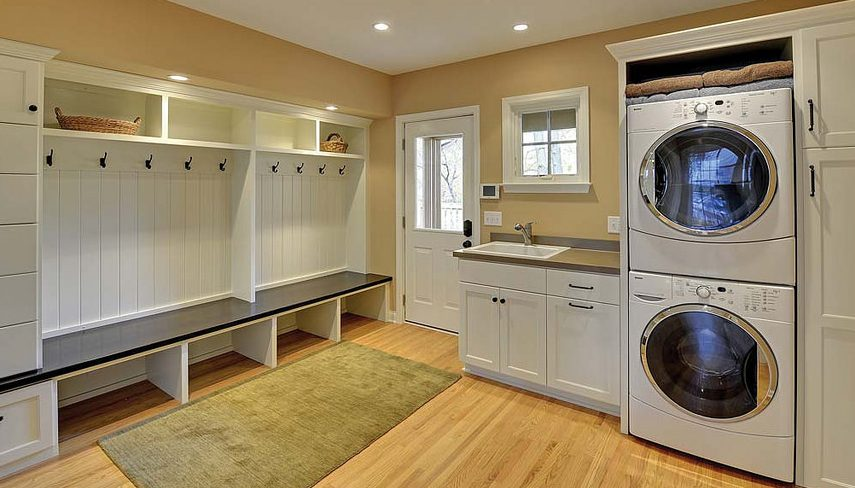 Indianapolis home builders can help you design the perfect laundry room!