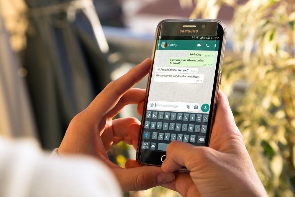 Cara Hapus Pesan WhatsApp