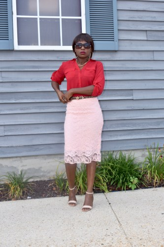 How to wear lace skirt to work. graphic