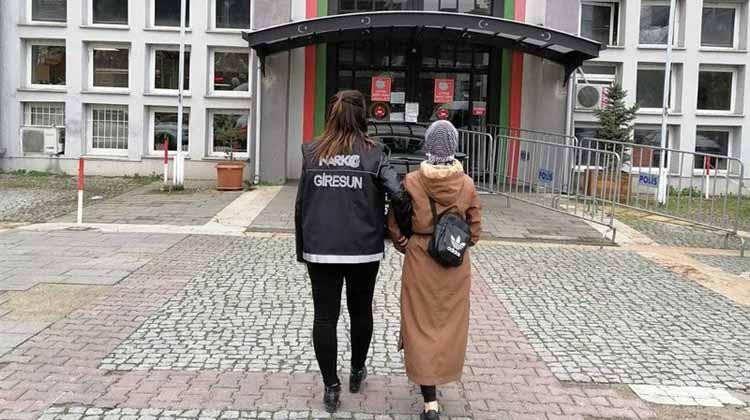 Uyuşturucu Operasyonunda Yakalanan Kadın Tutuklandı!