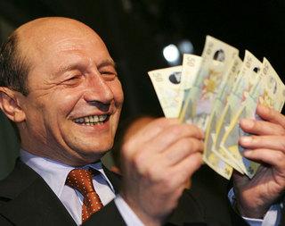 basescu bani