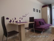 Wnętrze apartamentu fioletowego - widok 4