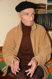Петър Василев до последно бе с бистър ум и добър дух. Никога не е губил интереса си към живота и към културата най-вече. Четеше, пишеше и публикуваше спомени. През целия си живот е бил голям любител на природата и особено на планините.