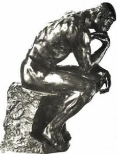"""Статуя на Платон (на старогръцки Πλάτων, новогръцки Πλάτωνας) е древногръцки философ, ученик на Сократ и учител на Аристотел. Четейки произведението """"Държавата"""" на Платон, всеки би открил приликата на неговия идеален модел с реално съществуващите отношения векове наред. Спартиатите се обучават главно чрез физически упражнения, болнавите деца се убиват още в най-ранна възраст. Всички живеят в общи казарми още от 6-тата си година."""