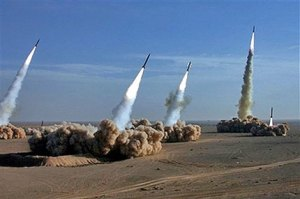 През 2007-ма година Президентът на САЩ Джордж Буш се обяви за изграждането на антиракетен щит в Европа за защита на България, Гърция и Румъния от ирански ракети, съобщи тогава в.