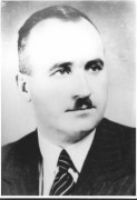 """Въпреки приноса на Димитър Пешев (1894-1973) за спасяването на евреите в България, през 1945 г. Народният съд го осъжда на 15 години затвор """"за фашистка дейност и антисемитизъм"""". След застъпничеството на евреи, имащи влияние в правителството, доминирано от БКП, той е освободен след 13 месеца, а присъдата е официално отменена чак през 1996 г. В писмото, което Пешев представя в парламента на 17 март 1943 г., за да иска спиране на депортацията на евреите, изразява уверението си, че бъдещето на България и съдбата на монархията ще зависят от поведението към евреите. Пешев живее в забрава следващите си години и умира в нищета през 1973 г. Посмъртно през 1997г. Пешев е обявен за почетен гражданин на Израел и делото му е почетено с дърво на негово име в Гората на праведниците."""