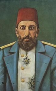 При управлението на Абдул Хамид II, въпреки че е малограмотен, влиза в сила първата Османска конституция - на 23 декември 1876 г. Създава се и първият османски парламент.След неуспеха на Цариградската конференция Османската империя претърпява поражение в Руско-турската война от 1877-1878 г., при което империята губи България с подписването на Санстефанския мирен договор (3 март 1878 г.). В началото на 1878 г. конституцията е суспендирана и парламентът е разпуснат. Установява се деспотичен режим, който продължава до 1908 година. През този период е потушено и Илинденско-Преображенското въстание (1903 г.).