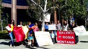 Румънци и българи заедно протестираха в Лос Анджелис на хиляди от Родината си. Фото: Евгени Веселинов, www.bulgarica.com