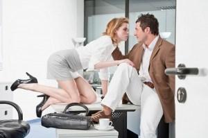 Дълъг, изтощителен секс? Не, дори на жените все по-рядко им се занимава с бавното достигане на удоволствието.Щом става за работа, значи е идеален и за бърз секс и за нови завоевания за