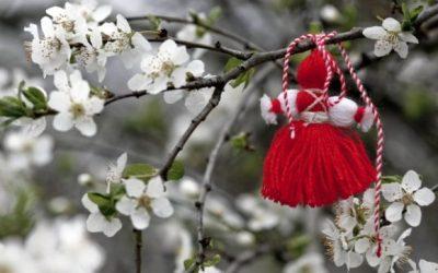 Традицията повелява на 1-ви март да се закичим с мартеничка. Но дали традициите са това, което бяха?