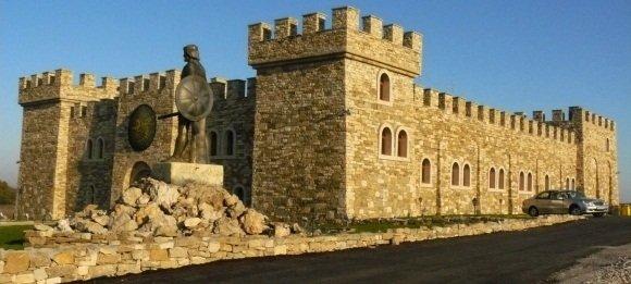 Столици от Второто българско царство – обществен и културен живот
