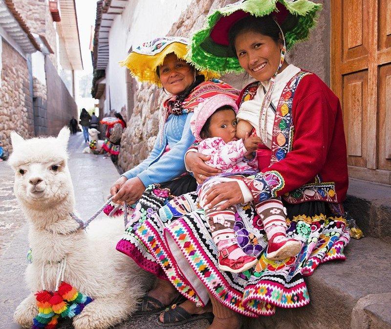Кърменето по света през обектива на Тина  Бояджиева – шеметна фотосесия пълна с живот
