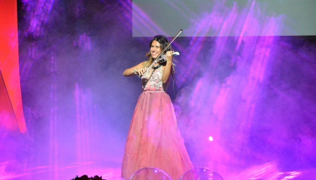 Нежният глас на цигулката – интервю с пловдивчанката Таня Тингарова