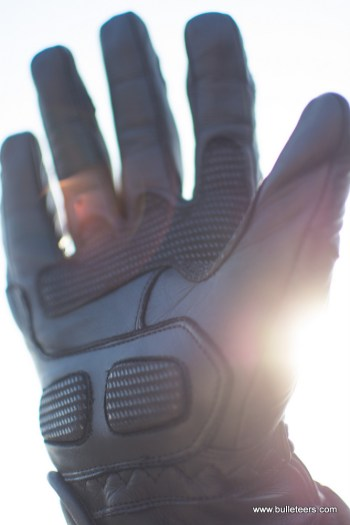 Royal enfield short leather riding gloves review find its to be a good mix of protection and style