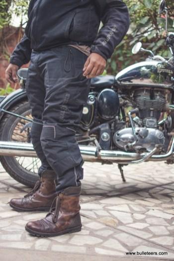 riding-pants-royal-enfield-7576
