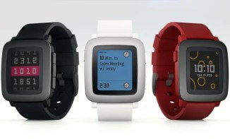 Pebble Launches 3 New Wearables on Kickstarter